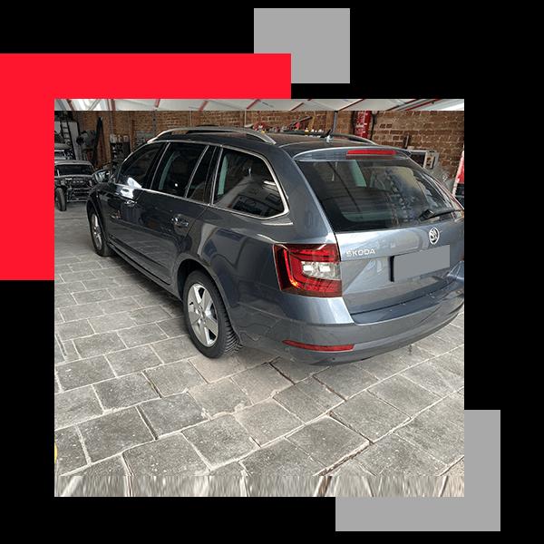 reparer-voiture-carrosserie-professionnelle-polissage-carduchateau-carrosserie-Hennuyeres1