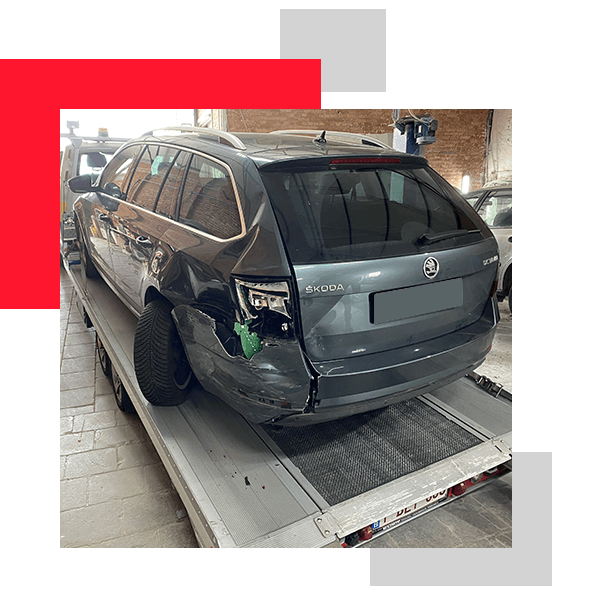 reparer-voiture-carrosserie-professionnelle-polissage-carduchateau-carrosserie-Hennuyeres3